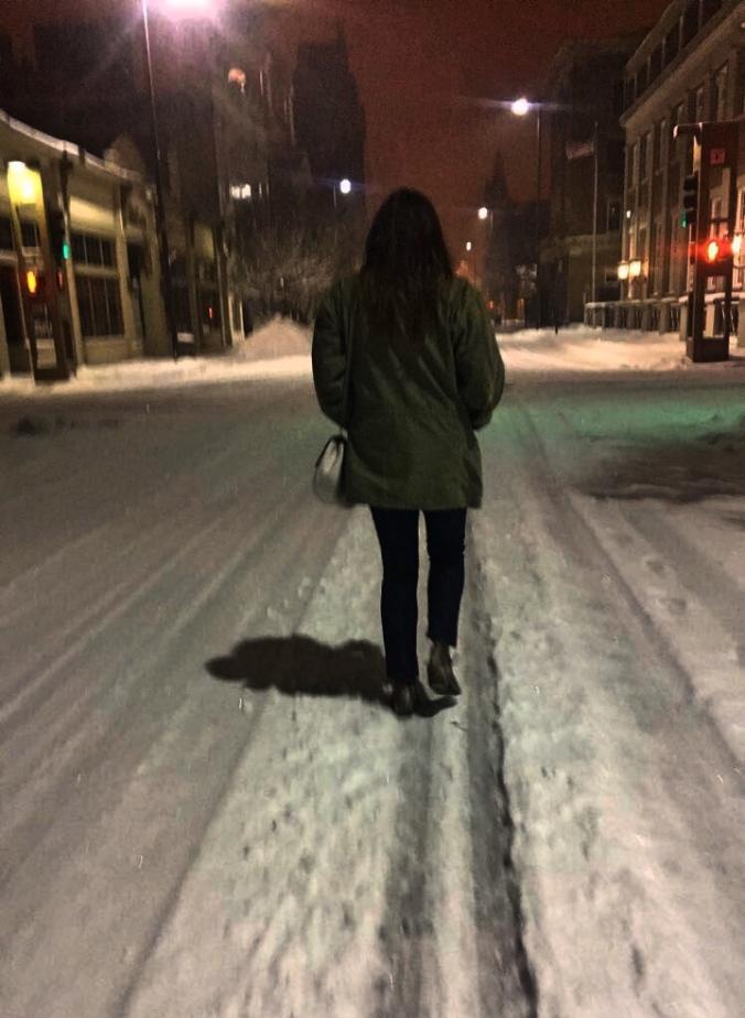 blizzard-walk